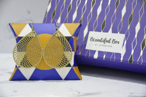 beautiful box oriental boucles